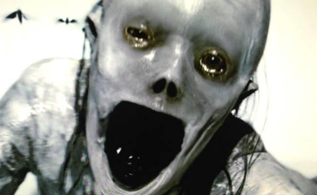 Abyzou je ženský démon, ktorý je zodpovedný za všetky potraty. Ona sama je neplodná, takže zabíja všetky deti zo žiarlivosti.
