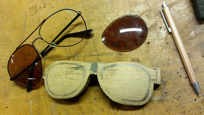 drevene okuliare