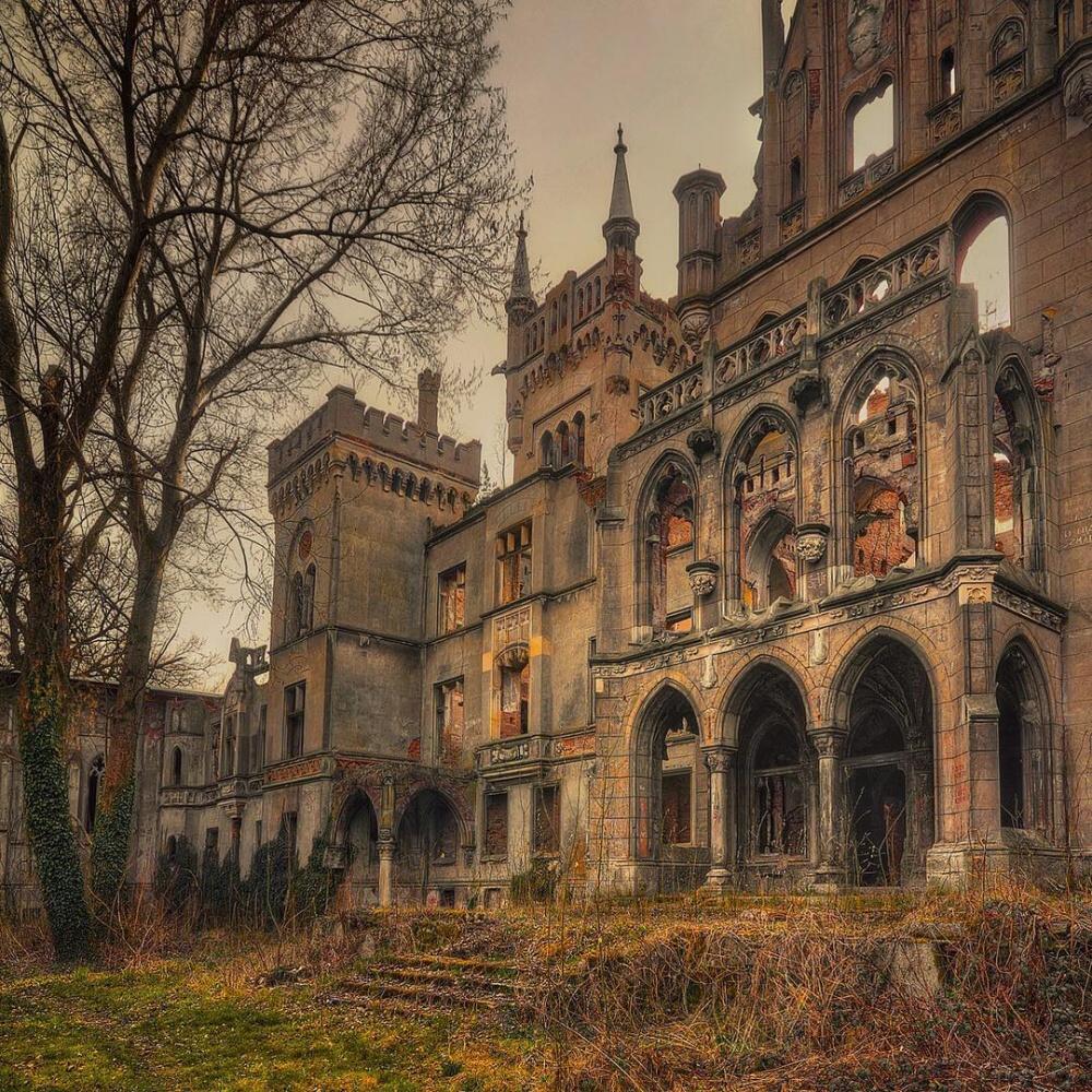 Its Abandoned