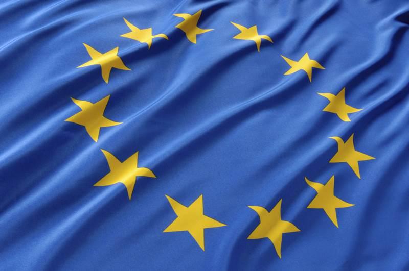 15. Ktoré mesto je považované za (neoficiálne) hlavné mesto Európskej Únie?