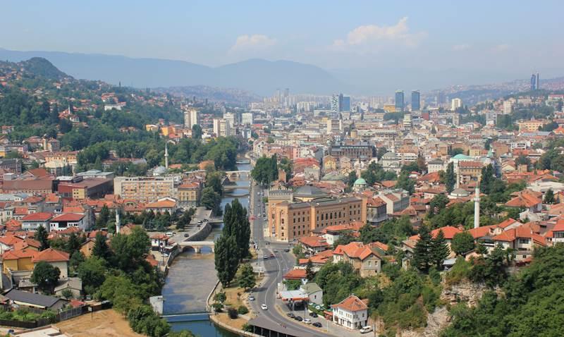 9. Sarajevo je hlavným mestom: