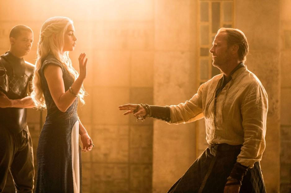 Čo sa rozhodla spraviť Daenerys s Jorahom Mormontom po tom, ako jej priviedol Tyriona?