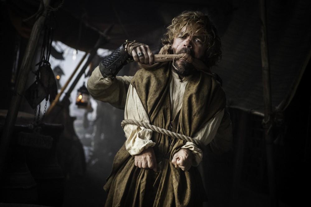Kto uniesol Tyriona v meste Volantis?