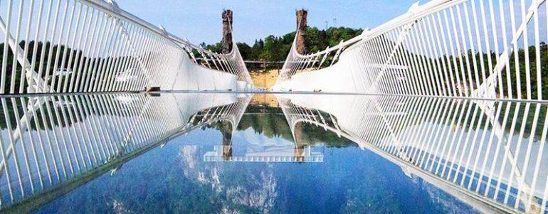 skleneny most 2