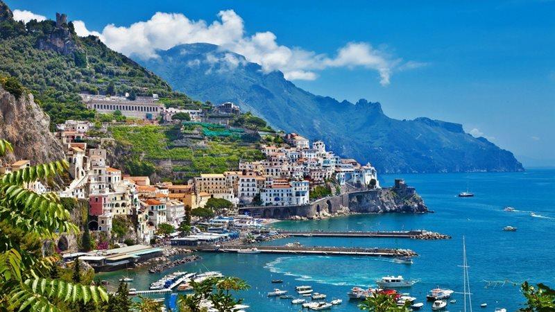 Ktorý ostrov je najväčší v Stredozemnom mori?