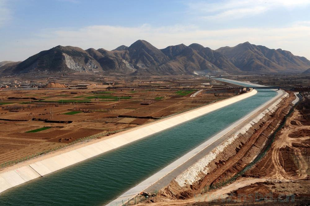 https://www.thethirdpole.net/2015/10/20/can-chinas-south-north-water-transfer-project-and-industry-co-exist/