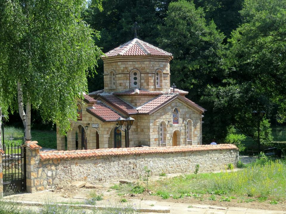 Aké je hlavné mesto Albánska?