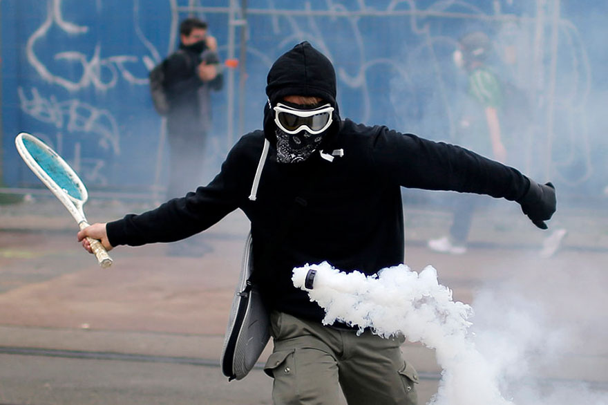 Stephane Mahe / Reuters