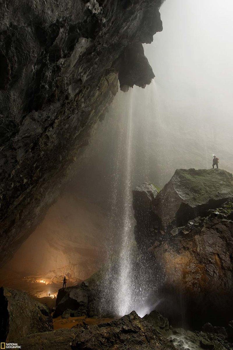 Resultado de imagem para largest cave in the world