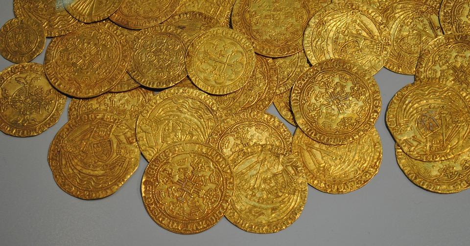 Čo obsahuje najväčší zlatý poklad nachádzajúci sa v Košiciach?