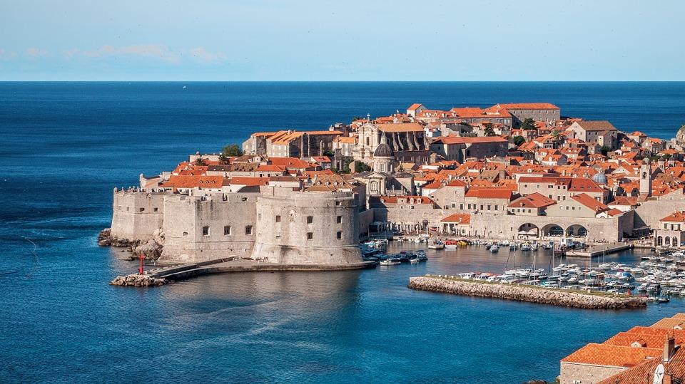 Akou menou sa platí v Chorvátsku?