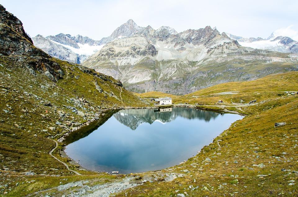 Švajčiarskou menou je: