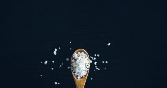 Vedci vyrobili šesťuholníkovú soľ. Aj keď vám jedlo neochutí, bude mať veľký význam