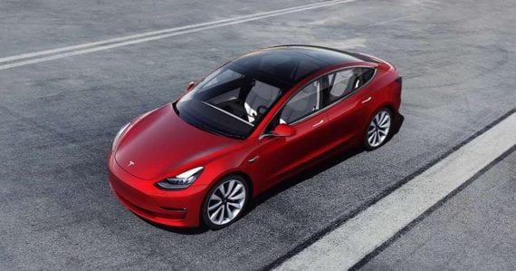 Elektromobil, hybrid či spaľovací motor? Táto kalkulačka porovnáva vyše 120 áut a ukáže, čo sa oplatí viac