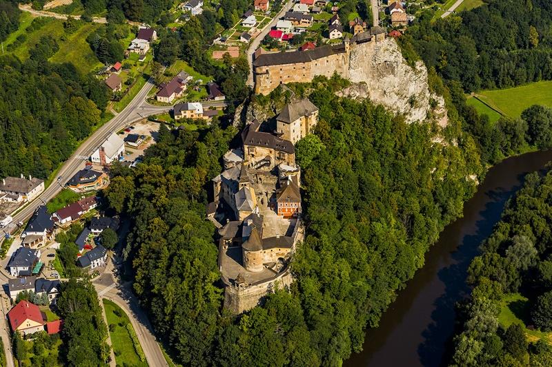Letecký záber Oravského hradu