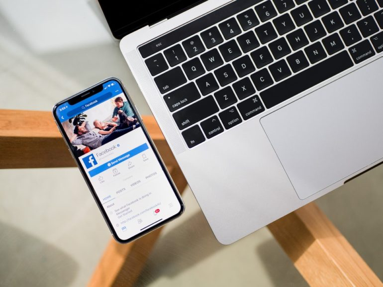 Facebook sa snaží byť transparentný