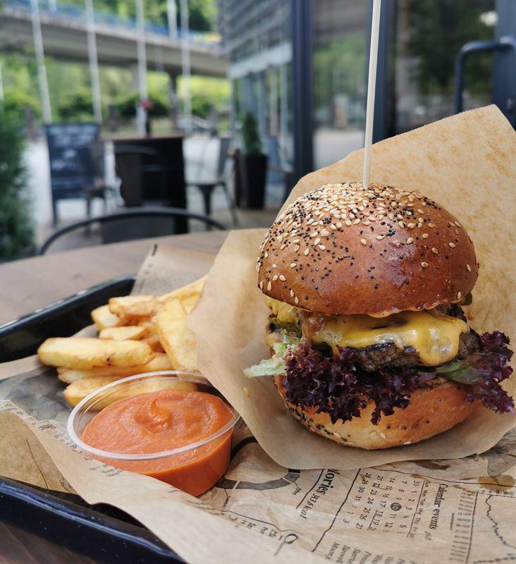 Čípoš hamburger