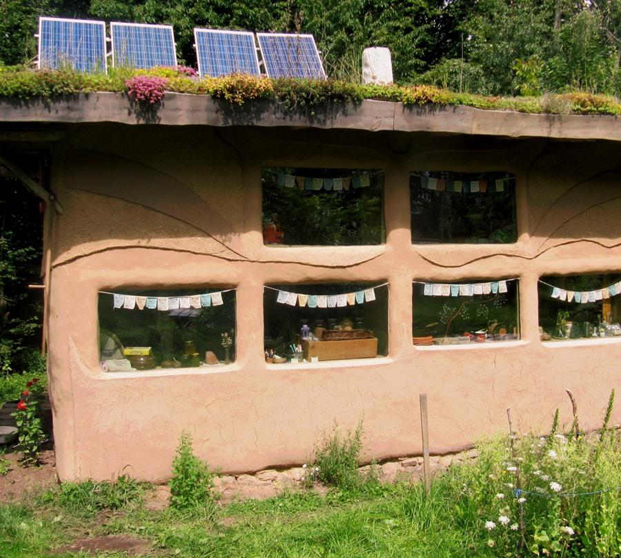 Ekologický dom zo slamy a hliny
