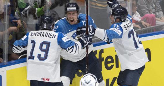 Fínska radosť po 2. góle Anttilu