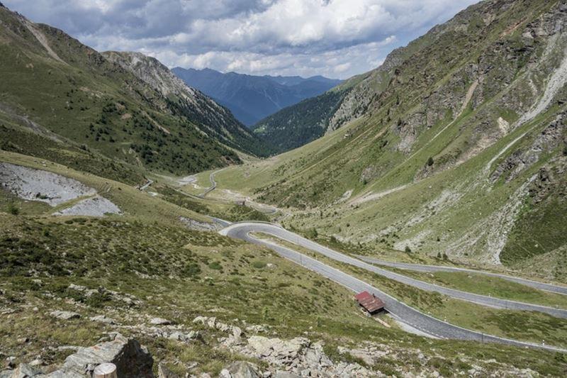 Priesmyk Great St Bernard Pass