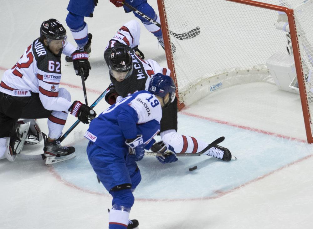 Matúš Sukeľ pri prvom góle Slovenska