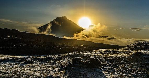 Vyhasnutá sopka v Rusku sa prebudila. Výbuch stratovulkánu môže spôsobiť katastrofu ako boli Pompeje