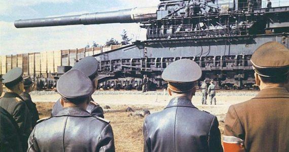 Hitlerove najväčšie delo sveta muselo ovládať 2000 ľudí. Stal sa však z neho obrovský prepadák