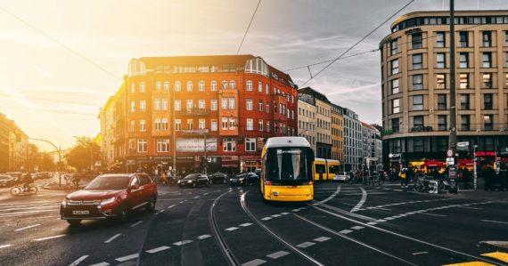Berlín zmrazuje nájmy miliónov bytov. Chce zastaviť masívny odliv obyvateľov