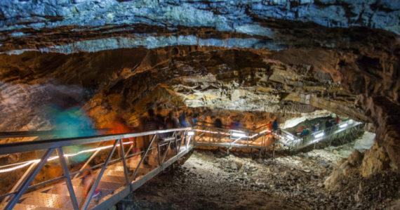 Vitajte v podzemnom raji: Slovensko má tisíce jaskýň, po pandémii ich znovu otvárajú