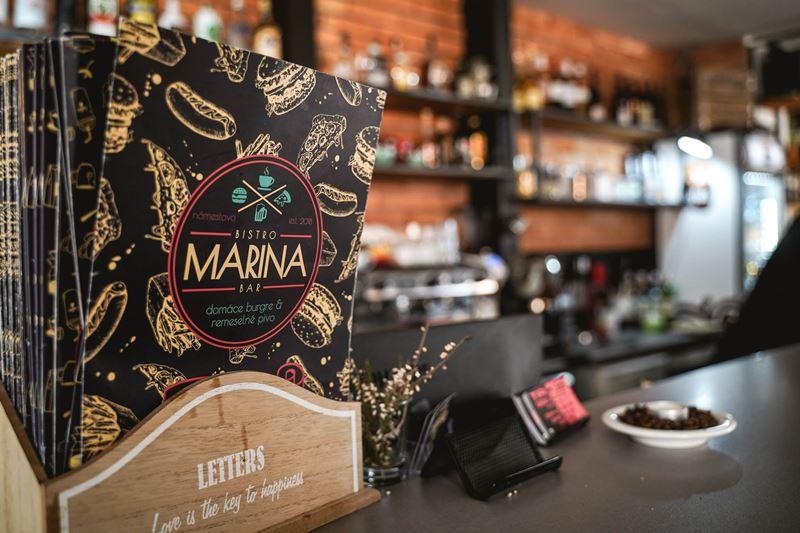 bistro Bar Marina