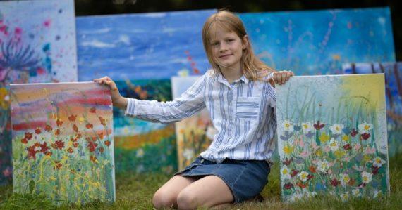 Prirovnávajú ju k Monetovi. Obrazy 10-ročnej Daisy kupujú svetoví zberatelia za desaťtisíce eur