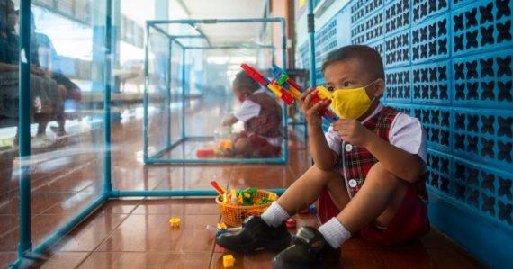 Ako v klietke: Takto vyzerajú thajské školy počas pandémie koronavírusu