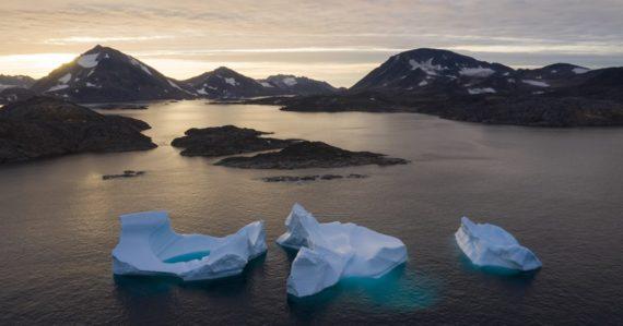 Grónsko sa roztopí, je to definitívne. Ostrov prekonal bod zlomu, ľadu sa tvorí menej ako sa ho topí