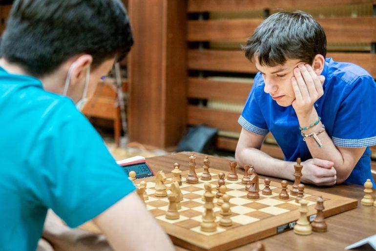šachista Viktor Gažík