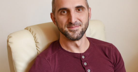 Psychológ Ďanovský: Takmer pol milióna Slovákov má problém s alkoholom