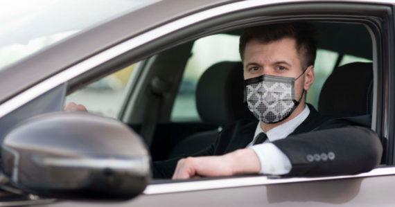 Čo robiť, ak idete v aute s človekom, ktorý má podozrenie na koronavírus? Takto minimalizujete riziko prenosu